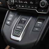 【自動車】シフトレバーはもはや不要? 広まる「プリウス式」、全スイッチ化も 小型化はどこまで進む