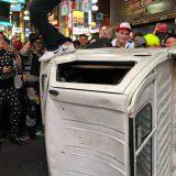 【東京】渋谷、ハロウィンで暴徒化 奇声あげトラック倒し破壊 痴漢や盗撮多発、ゴミ散乱 (動画あり)★17