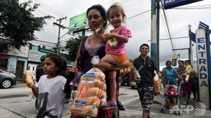 【国際/移民問題】ホンジュラス移民数千人、米国へ向け徒歩で北上中 トランプ氏の警告無視 ★2