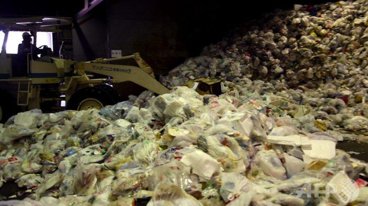 【環境省】日本にたまるプラごみ「処理が追い付かずに保管されている」中国の輸入禁止受け