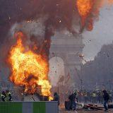 【フランスで大暴動】反マクロンの市民が怒りの大抗議デモ★8