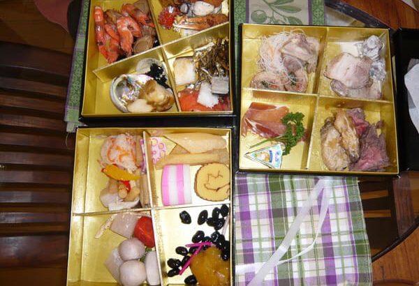 【北海道】冷凍おせち、冷蔵で発送 道内1268個届かず 福岡の「久松」 冷蔵だったことに運送会社が気付いて配達を中止★3
