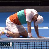 【テニス】全豪オープン、錦織 3回戦進出 カルロビッチとのフルセット・10Pタイブレークの死闘を制す